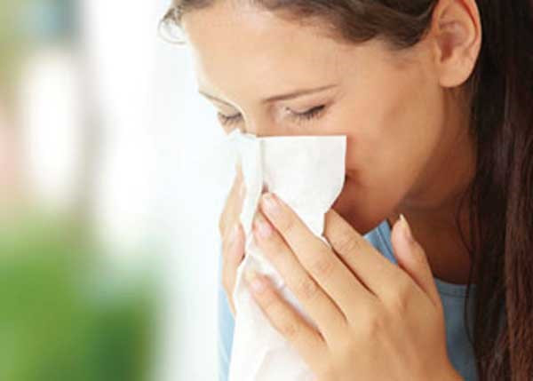bị viêm mũi có nâng mũi được không