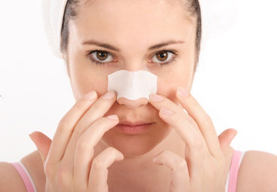 Hướng dẫn cách chăm sóc mũi đúng cách sau phẫu thuật nâng mũi