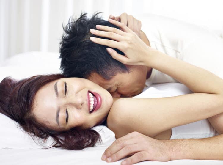 Nâng mũi sau bao lâu thì có thể quan hệ - nangmuislinedep.com.vn